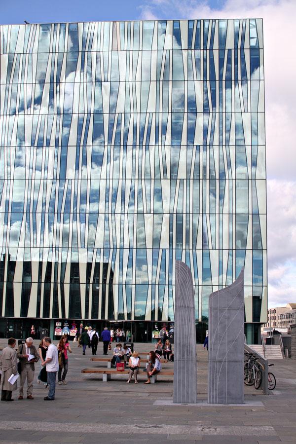 Aberdeen's New Library facade