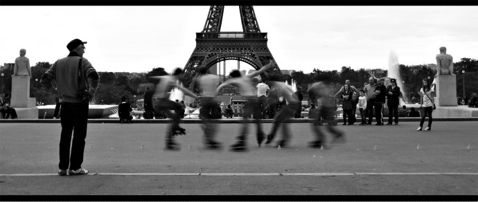 Rollerblader at the Eiffel Tower